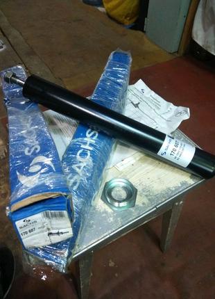 Амортизатор ВАЗ 2108-2115 подвески передней масляный (картридж)