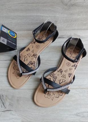 Сезонная распродажа! босоножки сандалии на низком ходу
