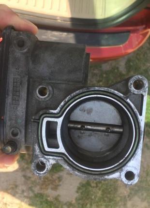 Дроссельная заслонка на Ford C-Max 2006 1.8 (без датчика)