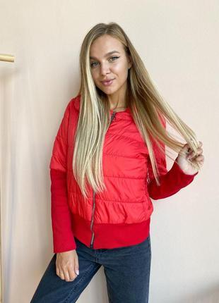 Куртка женская красная рукава манжет