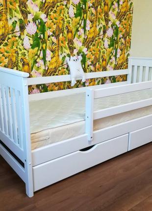 Кровать детская деревянная с натурального дерева Адель Карина