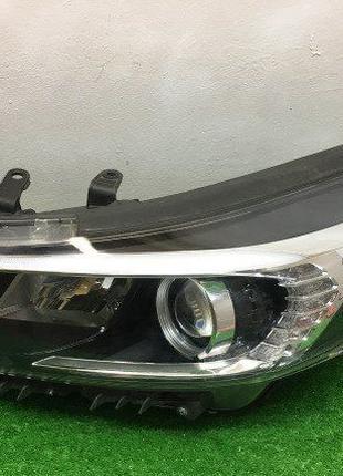 LED Фара левая Kia Cerato 3 2013 правая