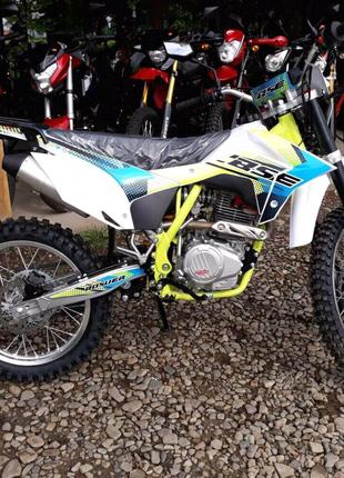 Супер ціна на мотоцикл BSE J3D ENDURO(є ще багато різих моделей)