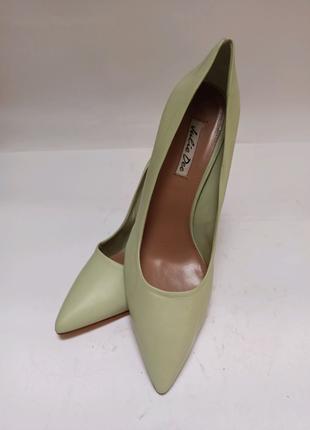 Julie dee туфли. брендовая обувь stock