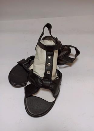 Сандали tom tailor. брендовая обувь stock