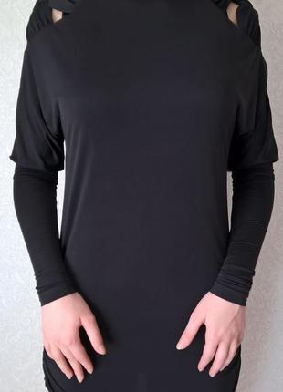 Дизайнерское чёрное платье с плетением на плечиках от андре тана!