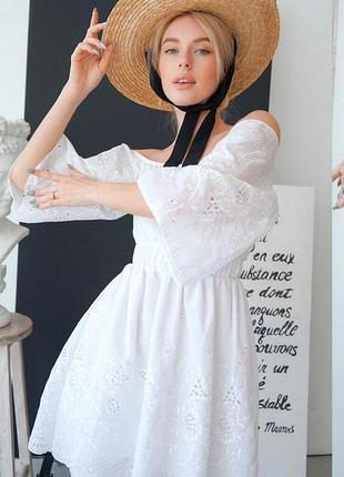Шикарное платье прошва