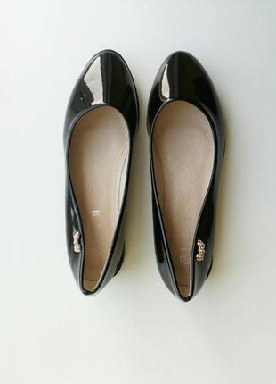 Чорні лакові балетки черные балетки туфли туфлі туфельки