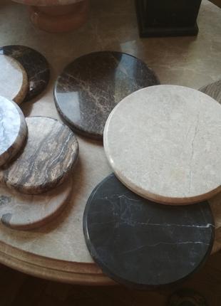 Кухонные подставки из мрамора
