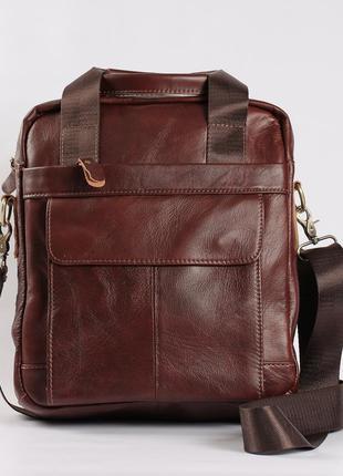 Вместительная мужская кожаная сумка коричневая