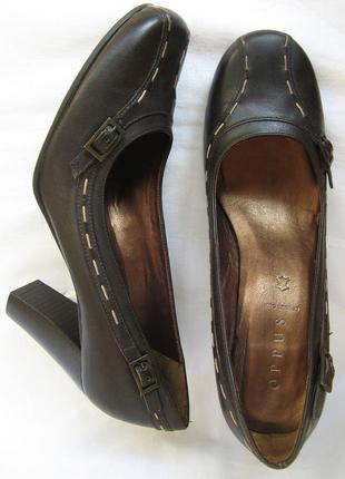 840. туфли-лодочки oppus 37 р.