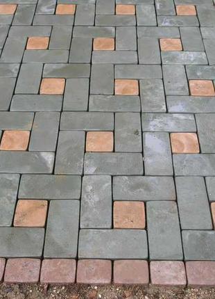 Укладка тротуарной плитки и бутового камня.
