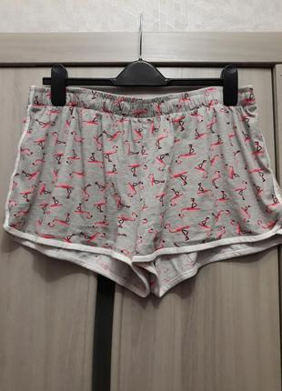 Трикотажные шорты в фламинго
