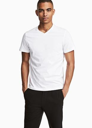 Белая футболка h&m , slim fit !