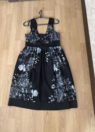 Очень красивое брендовое платье от vero moda на наш 46. супер!