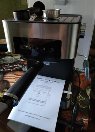 Полуавтоматическая рожковая кофемашина. Кофеварка 20 бар 850 в...