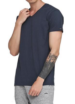 Мужская однотонная графитовая хлопковая футболка корнет. corne...