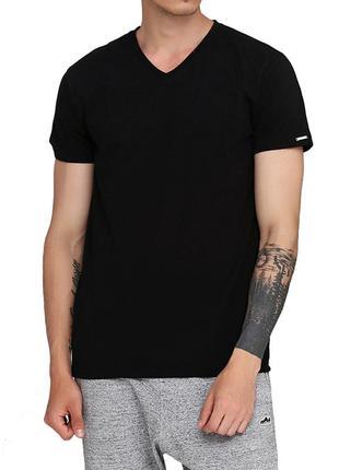 Мужская однотонная черная хлопковая футболка корнет. cornette ...