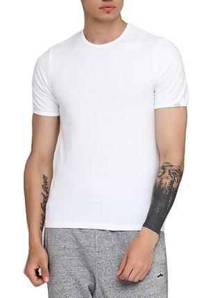 Мужская хлопковая белая эластичная однотонная футболка cornett...