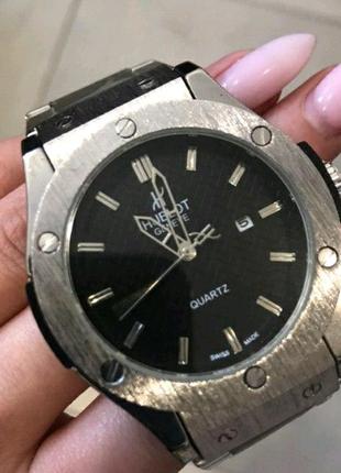 Наручные часы Hublot Classic Fusion Модель 1012-0522