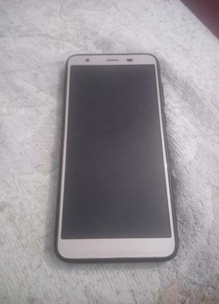 Телефон S-TELL M630