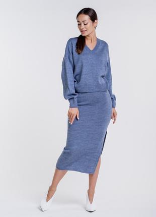 Костюм женский вязаный с юбкой карандаш и свободным пуловером