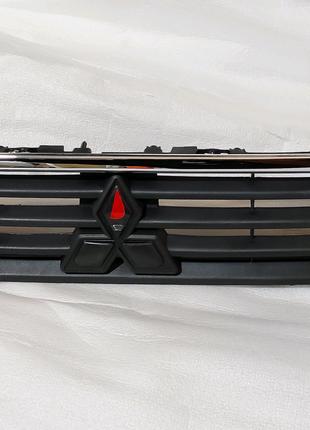 Верхняя решетка радиатора Гриль на Mitsubishi Outlander ASX