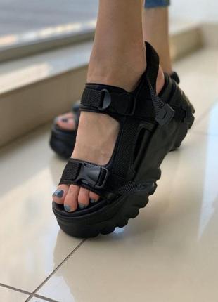 Женские сандалии на платформе черные босоножки