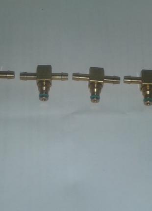 Штуцер обратки Bosch (Бош) металлический