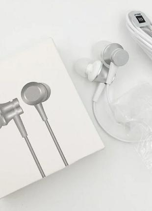 Гарнитура Xiaomi Mi In-Ear Headphones Basic белая