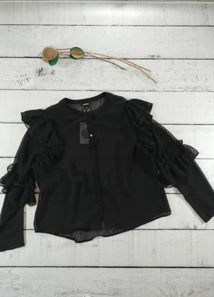 Блузка черная шифоновая рубашка с воланами Monki