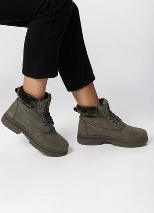 Новые женские зимние зеленые ботинки