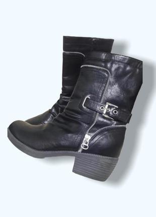 Черные женские сапоги ботинки с замками