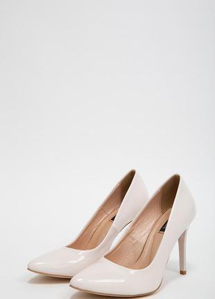Туфли лодочки на шпильках