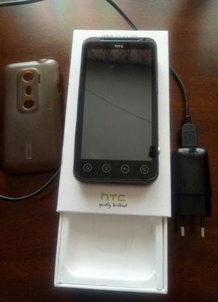 """HTC Evo 3D X515m UACRF / 4.3""""/ 1 Гб ОЗУ / 3Д без очков"""
