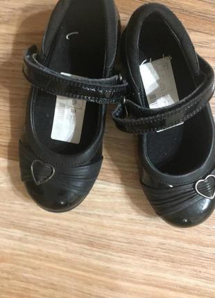 Туфли детские черные лаковые для девочки в школу
