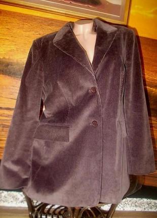Отличный вельветовый пиджак laura berlucchi 52р