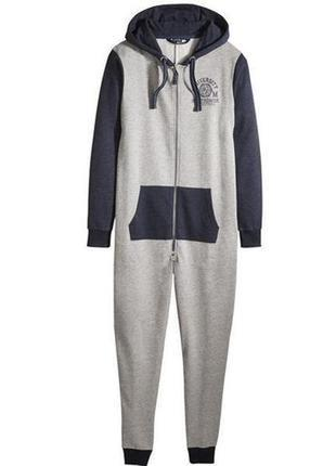 Отличный мужской комбинезон пижама, евро размер 44-46