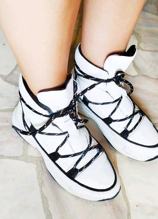 Кожаные зимние ботинки на холодную зиму,39размер