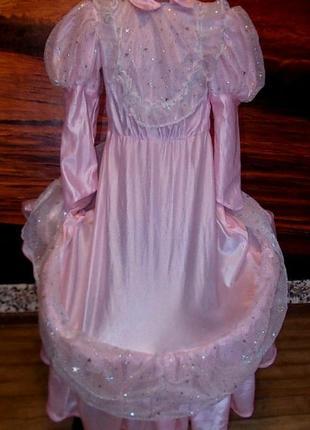 Очень красивое маскарадное платье на 6-8 лет