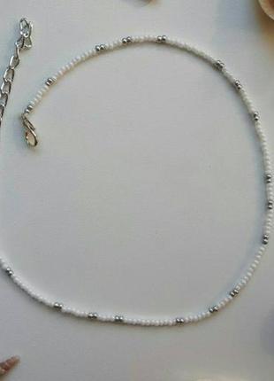 Чокер из бисера белый, білий, серебро, базовый, стильный, лето,