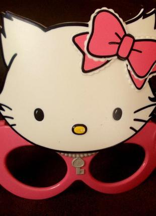 Маска-очки charmmy kitty - бренд sanrio