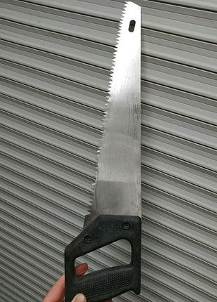 Ножовка по дереву зубья с разводом