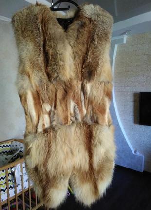 Жилетка натуральный мех лисы