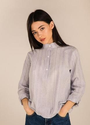 Базовая полосатая рубашка блуза с воротником-стойкой строката ...