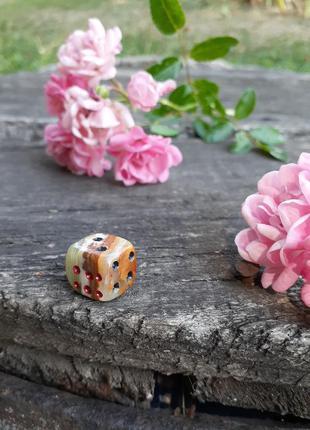 Статуэтка кубик декоративный натуральный камень оникс зарик кость