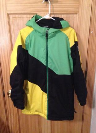 Яркая курточка Ride для зимних видов спорта
