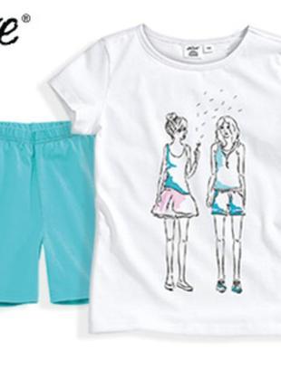 Комплект для девочки р.116 футболка шорты германия