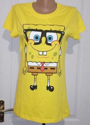 Яркая футболка . губка боб. spongebob. спанч боб