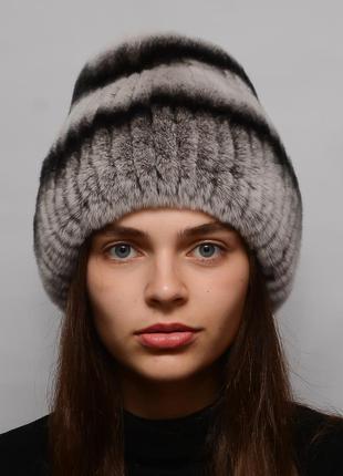 Женская меховая шапка из кролика